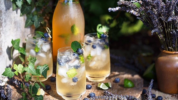Lavendel Limonade © GettyImages