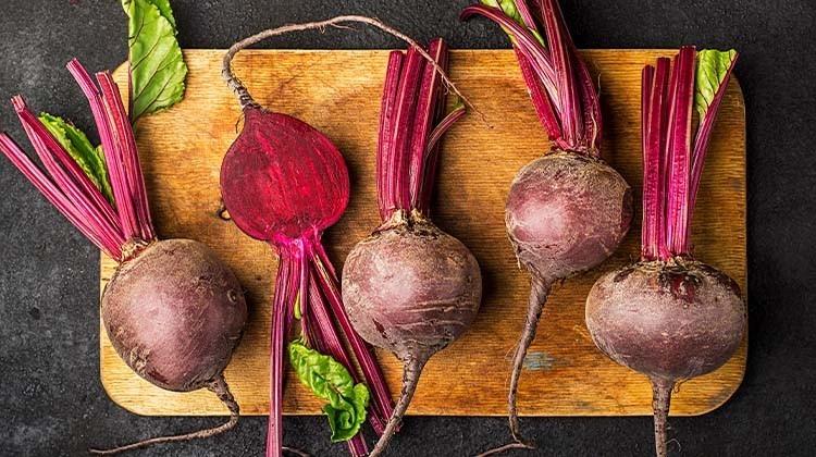 Knollen- und Wurzelgemüse Rote Rübe © GettyImages